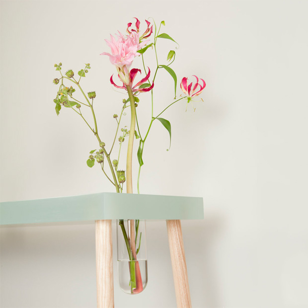 No.1 Writing Table With A Vase, A Lamp And A Storage Space
