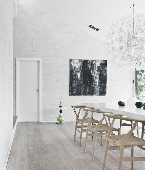 Simple Modern House Designs: Calm And Natural Nordic Interior Design