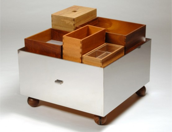 Odd Looking But Practical Bar Cart to Organize a Perfect Bar Storage