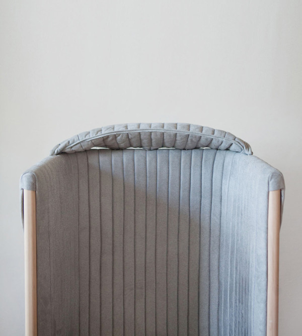 Offline Chair To Forget About Your Phone For A While