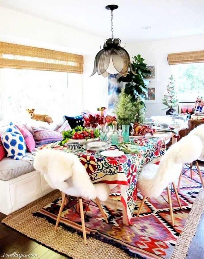 39 original boho chic dining room designs digsdigs - Colorful dining room tables ...