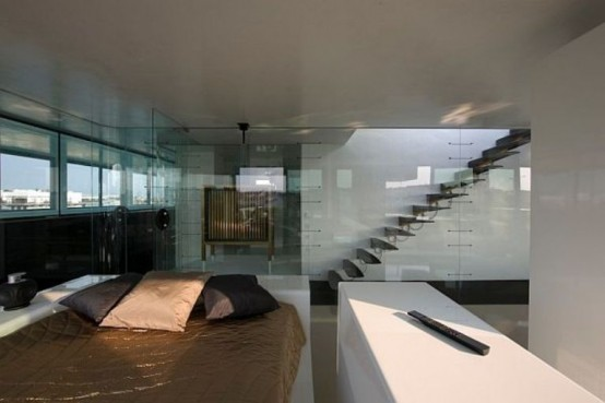 Original Penthouse With Glass Doors Everywhere