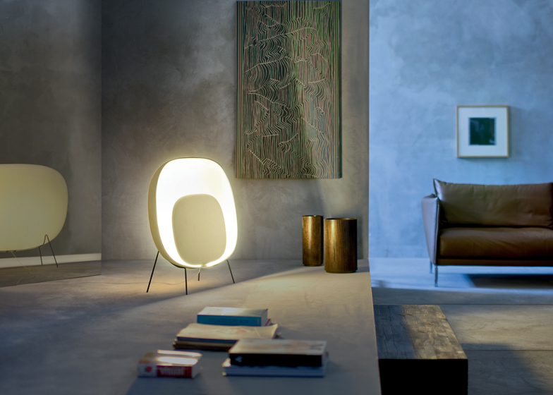Original TV-Shaped Stewie Lamp By Foscarini