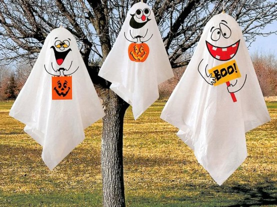 DIY ghosts are quite cheap and easy to make. But who said they should be scary? They could be fun! Twin white sheet and a bunch of markers are only things you need.