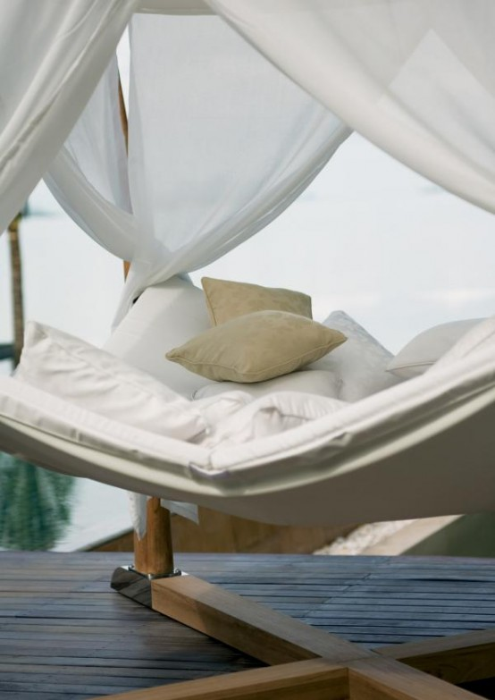 Outdoor Bed For Relaxation With A Cocoon