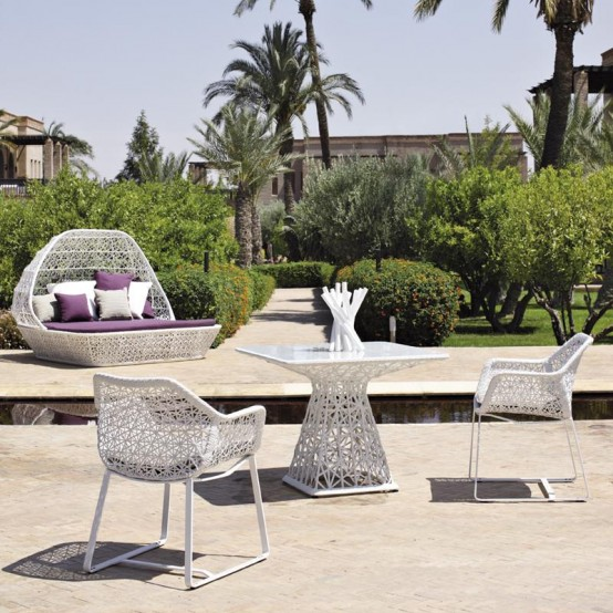 aluminum outdoor furniture by kettal digsdigs. Black Bedroom Furniture Sets. Home Design Ideas