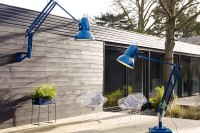 oversized-anglepoise-lamps-to-make-a-statement-5