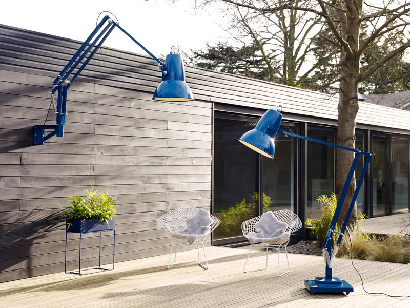 Picture Of oversized anglepoise lamps to make a statement  5
