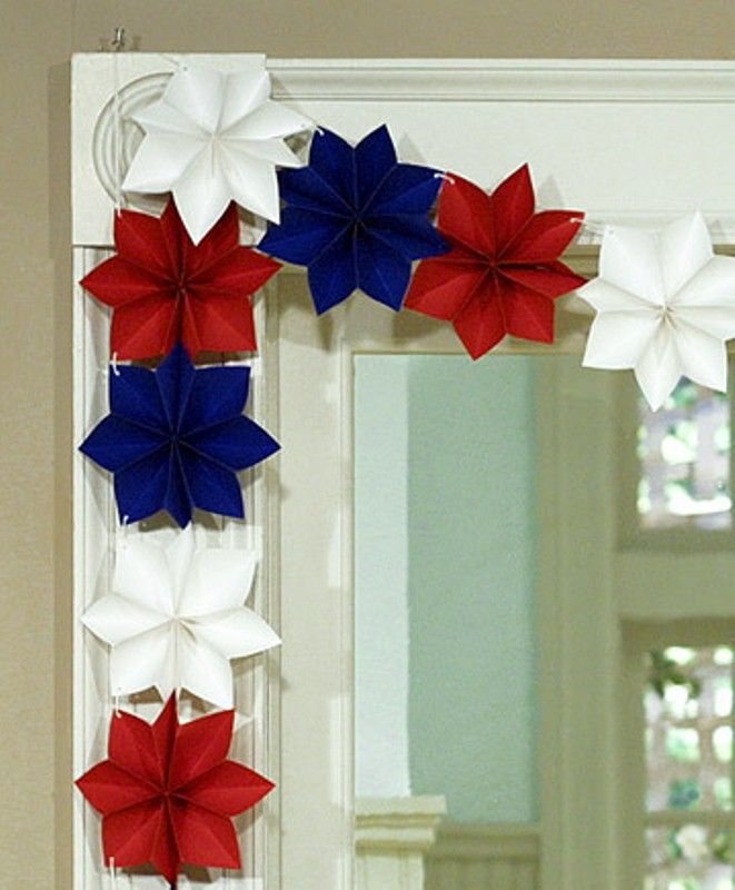 19 paper decoration ideas for the 4th of july digsdigs Home decor crafts with paper