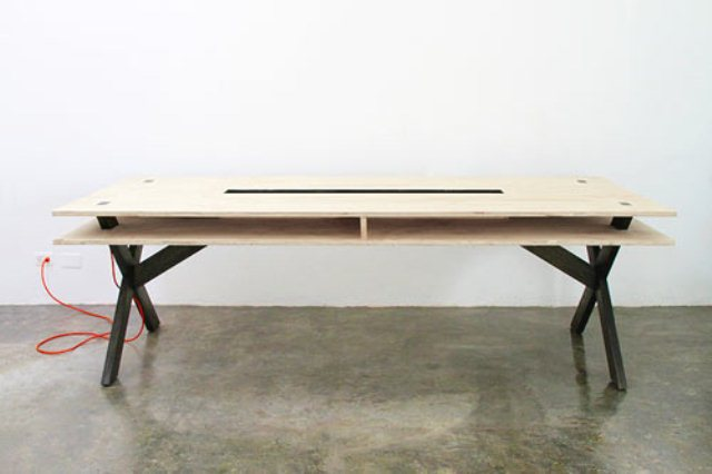 Perfect Coworking Desk With A Second Layer Storage Digsdigs