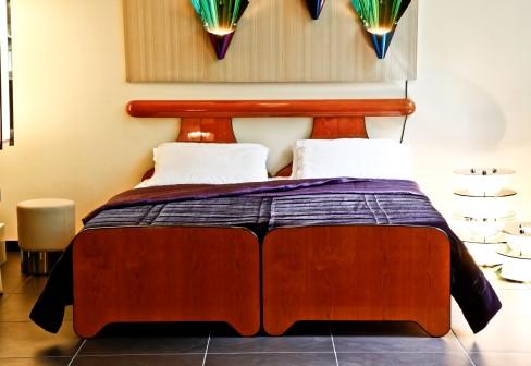 Fancy Petalo Double Bed
