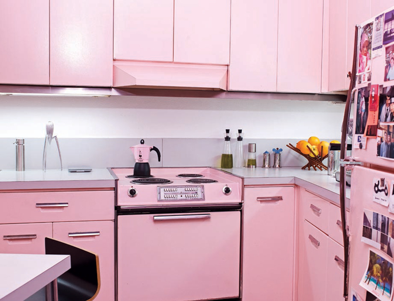Http Www Digsdigs Com Cool Pink Kitchen Design With Retro And Chic Look