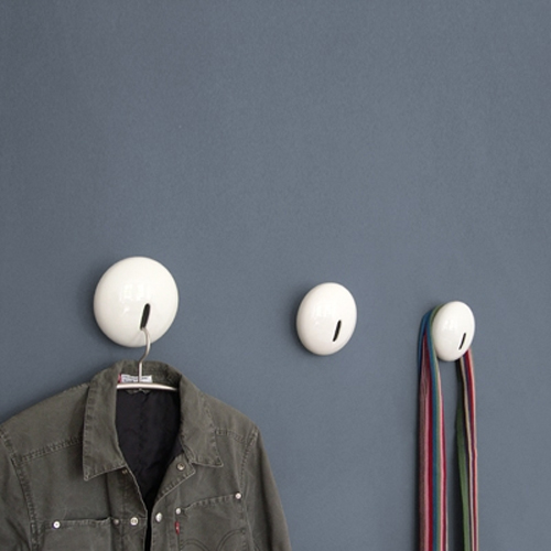 Modern and Minimalist Porcelain Wall Coat Rack