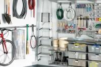 practical-and-comfortable-garage-organization-ideas-29