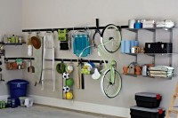 practical-and-comfortable-garage-organization-ideas-31