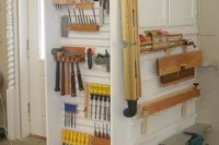 practical-and-comfortable-garage-organization-ideas-33