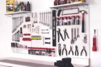 practical-and-comfortable-garage-organization-ideas-34