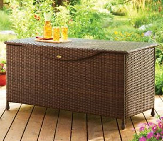 a wicker bench and chest in one is a timeless way to get storage and bring an relaxed feel at once
