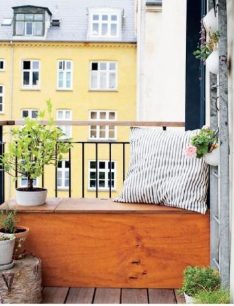 Practical Balcony Storage Ideas