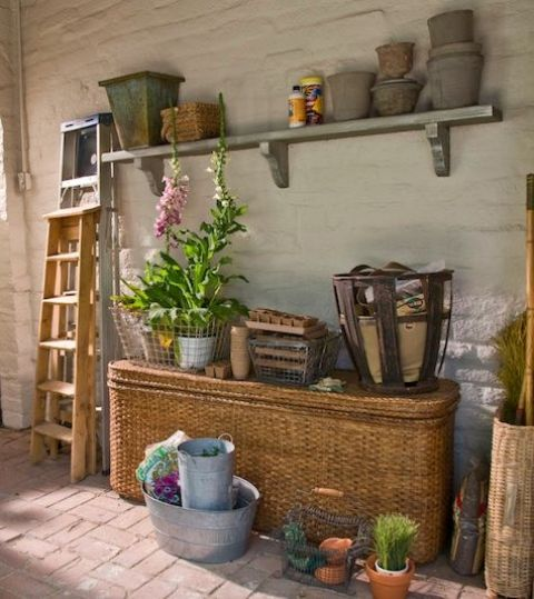 33 practical garden shed storage ideas digsdigs for Practical garden designs