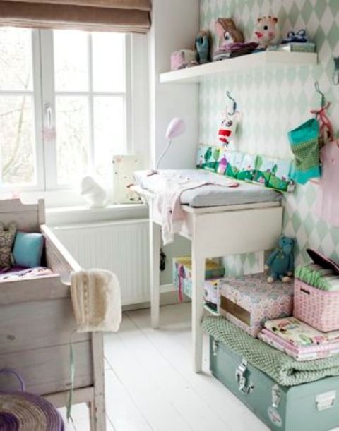 23 Practical And Stylish Tiny Nursery Décor Ideas