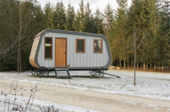 Prefab Wooden Cabin: Collingwood Shepherd Hut