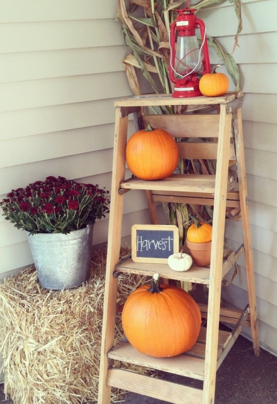 A ball of hay could be a great addition to any Fall display.