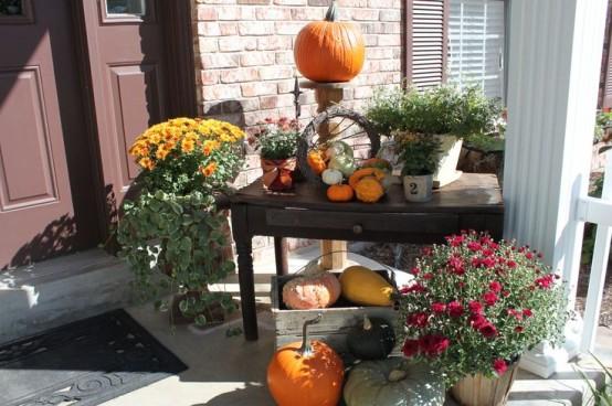 85 pretty autumn porch d cor ideas digsdigs for Front porch table ideas
