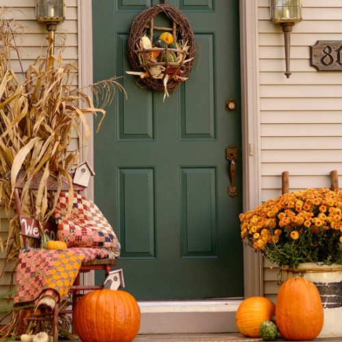 Fall porch decorating modern world furnishing designer for Pictures of fall decorations for outdoors