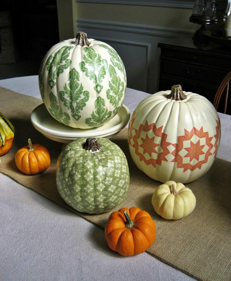 44 Pumpkin Décor Ideas For Home Fall Décor  Digsdigs. Dark Furniture Living Room. Small Beach Living Room Ideas. White Living Room With Brown Furniture. Modern Interior Design For Small Living Room. Living Room Keyboard And Mouse. Ottoman Living Room. Blue Couch Living Room Decor. Shabby Chic Living Room Decorating Ideas
