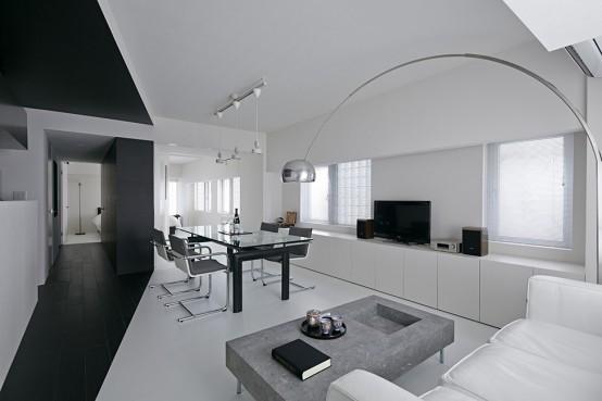 Pure Minimalism: Black And White Monochromatic Apartment Design