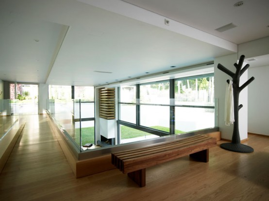 Pure Modern Sustainable House Design