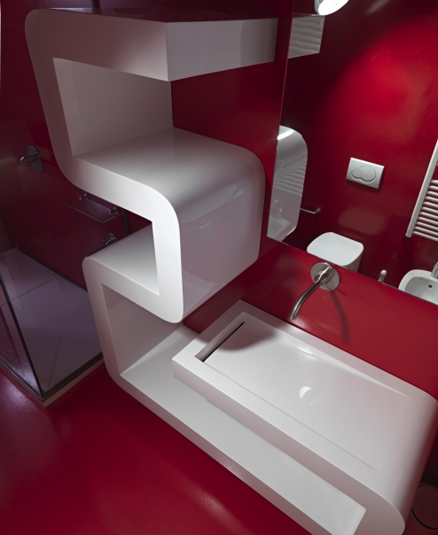 Almost Pure White Futuristic Apartment Desing – Space Oddysey by Romolo Stanco