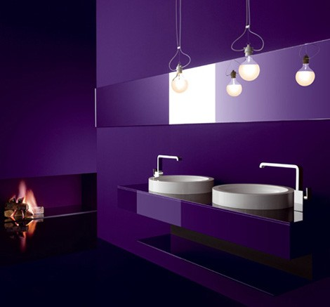 33 cool purple bathroom design ideas digsdigs for Light purple bathroom accessories