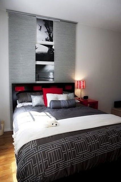 Red accents in bedrooms 34 stylish ideas digsdigs - Black white and red bedroom decorating ideas ...