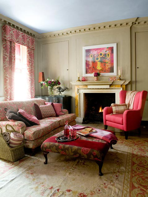 Red Floral Romantic Living Room