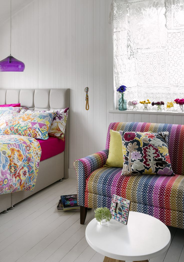 48 refined boho chic bedroom designs digsdigs for Sofas para habitaciones juveniles