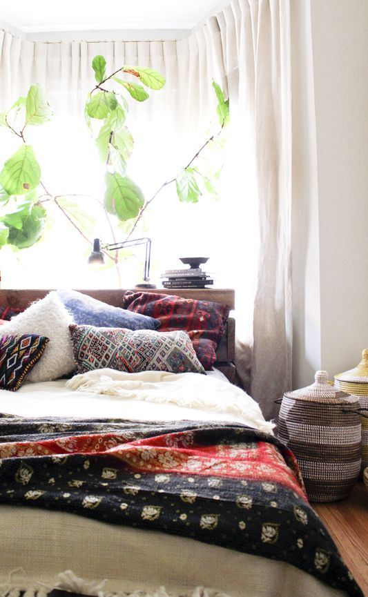 65 Refined Boho Chic Bedroom Designs - DigsDigs