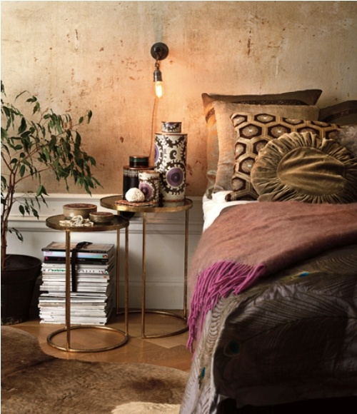 mixing industrial and boho details could make a room look quite hip