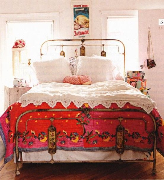 65 refined boho chic bedroom designs digsdigs for Bohemian style bedroom furniture