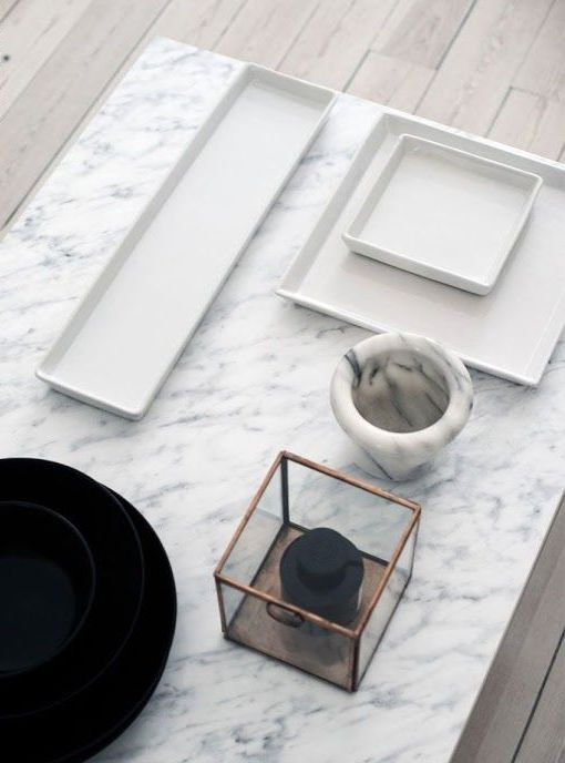 30 refined marble furniture pieces and décor objects for any home