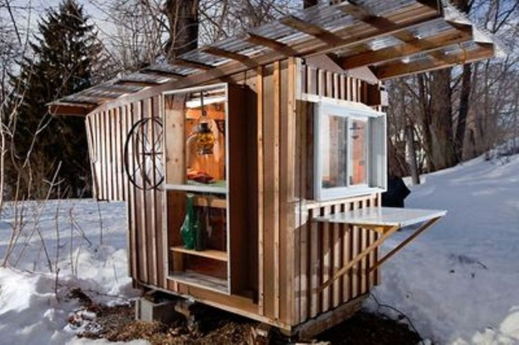 Tiny houses for your garden digsdigs for Small shack plans