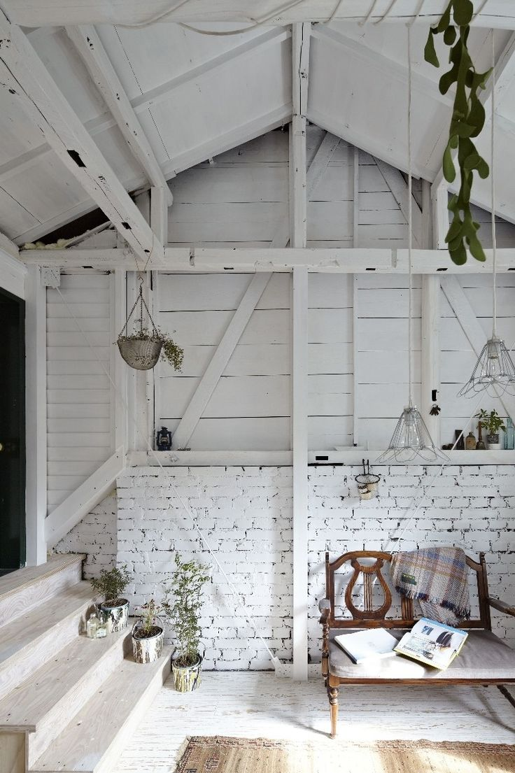 Relaxed White Wash Wood Wall Designs
