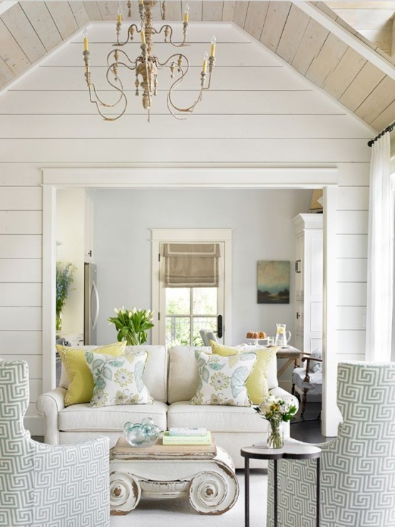 Gorgeous Shiplap Design Ideas For Your Home: 34 Relaxed White Wash Wood Walls Designs