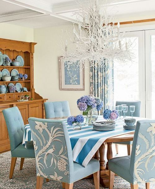 26 relaxing coastal dining rooms and zones digsdigs for Front room dining room ideas