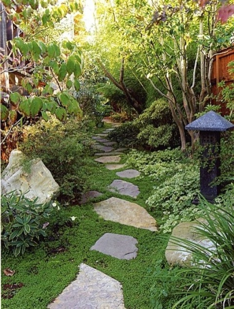 Relaxing Japanese Inspired Front Yard Decor Ideas