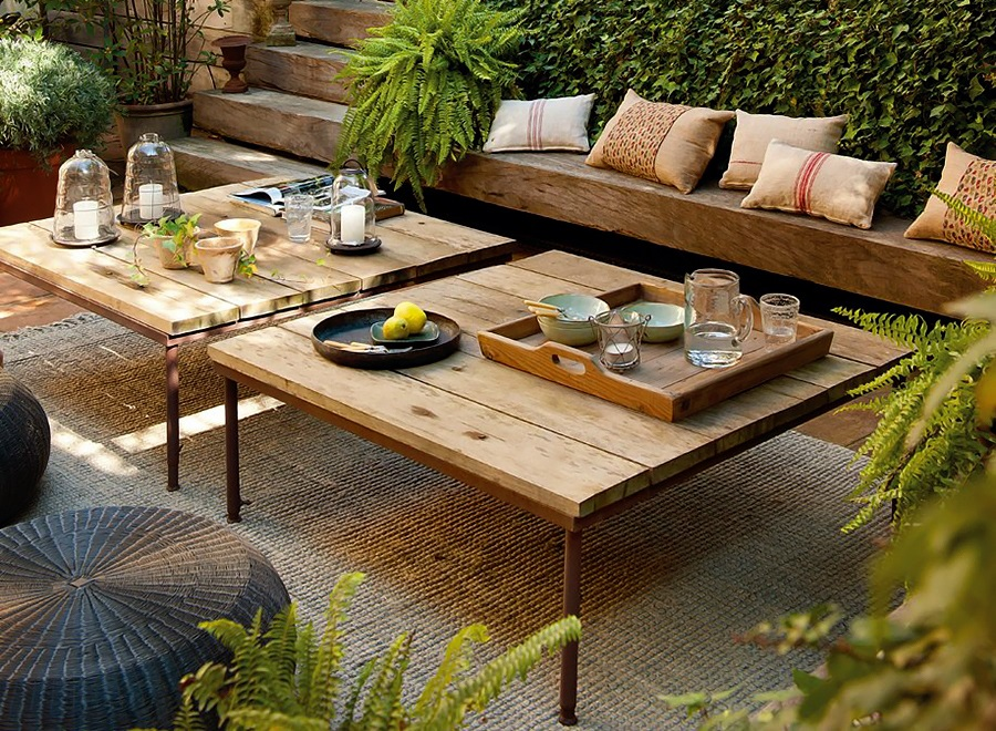 Relaxing Terrace Design In Natural Wood And Lots Of Green