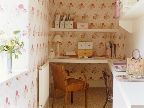 Retro Like Home Office Nook