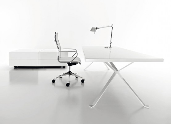 Revo Minimalist White Desk by Manebra