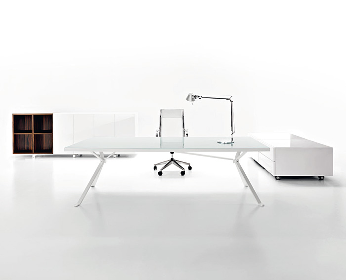 Revo minimalist white desk by manebra digsdigs Computer office interior design